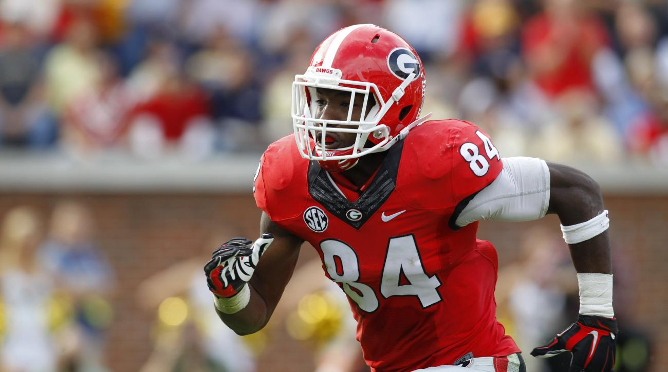 Georgia linebacker Leonard Floyd (84) rushes the passer against Georgia Tech in the second half of an NCAA college football game Saturday, Nov. 28, 2015, in Atlanta. Georgia won 13-7. (AP Photo/Brett Davis)