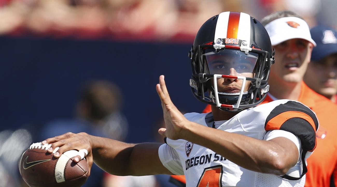 Oregon State quarterback Seth Collins (4) during the second half of an NCAA college football game against Arizona, Saturday, Oct. 10, 2015, in Tucson, Ariz. (AP Photo/Rick Scuteri)