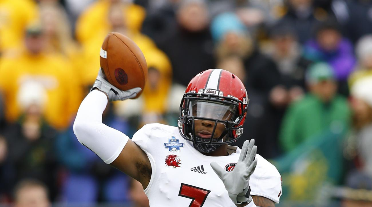 Jacksonville State quarterback Eli Jenkins (7) passes against North Dakota State during the first half of the FCS championship NCAA college football game, Saturday, Jan. 9, 2016, in Frisco, Texas.  (AP Photo/Mike Stone)