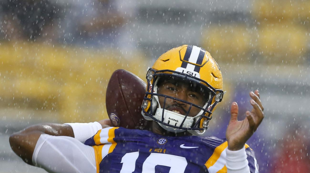 LSU quarterback Anthony Jennings (10) throws the ball before an NCAA college football game against Western Kentucky in Baton Rouge, La., Saturday, Oct. 24, 2015. (AP Photo/Jonathan Bachman)
