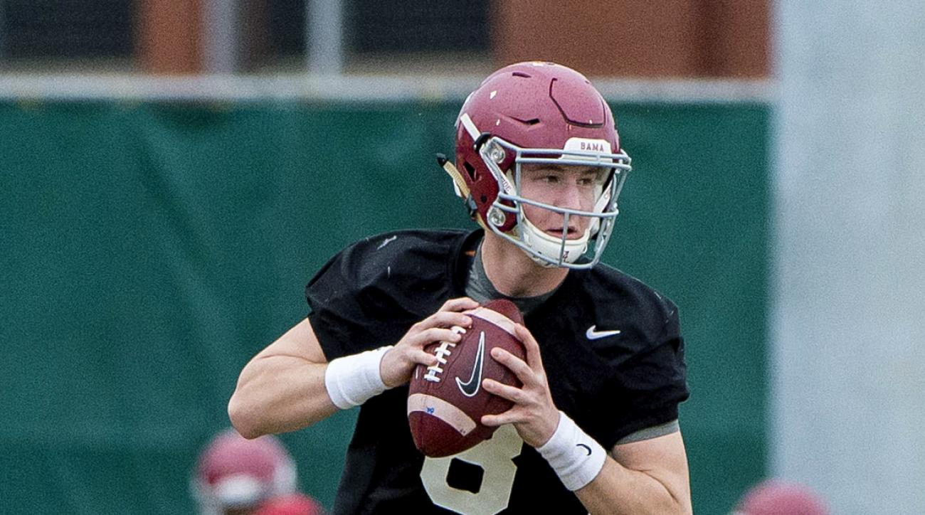 Alabama quarterback Blake Barnett (8) works through drills during an NCAA college football spring practice, Friday, March 11, 2016, at the Thomas-Drew Practice Fields in Tuscaloosa, Ala.  (Vasha Hunt /AL.com via AP) MAGS OUT; MANDATORY CREDIT