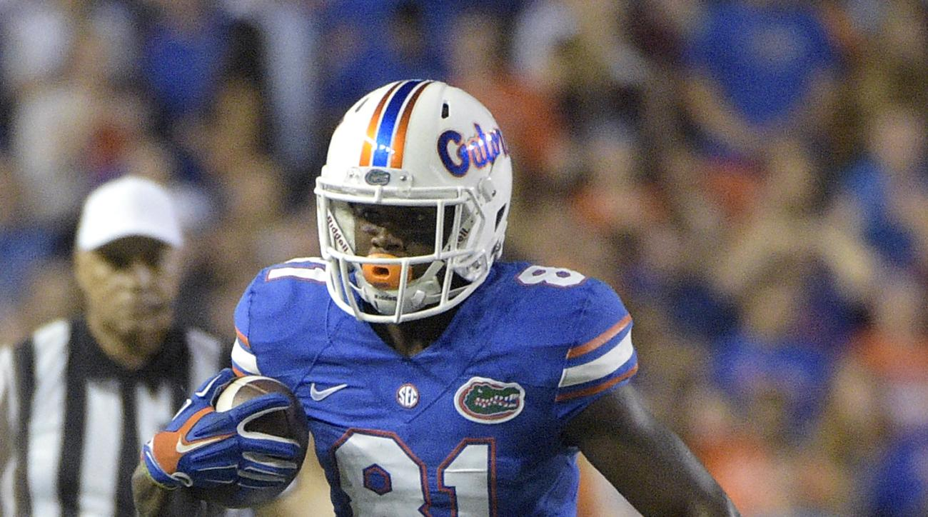 Florida wide receiver Antonio Callaway (81) runs after catching a pass during the first half of an NCAA college football game against Florida State in Gainesville, Fla., Saturday, Nov. 28, 2015. (AP Photo/Phelan M. Ebenhack)