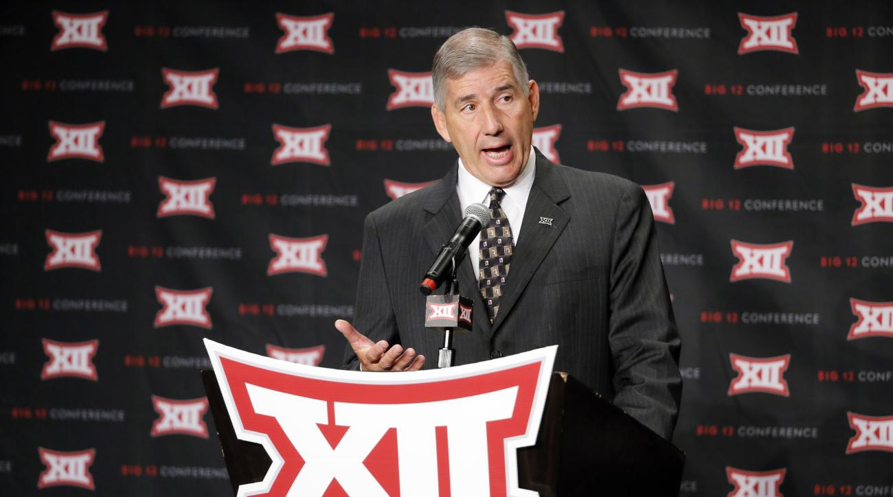 Big 12 commissioner Bob Bowlsby addresses attendees during Big 12 media day, Monday, July 18, 2016, in Dallas. With expansion still an unsettled issue for the Big 12 Conference, Commissioner Bowlsby gave his annual state of the league address to open foot