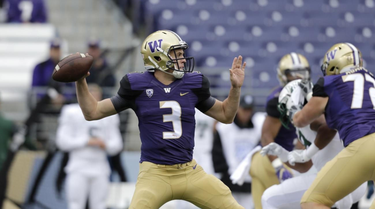 Washington quarterback Jake Browning throws a pass against Portland State in an NCAA college football game, Saturday, Sept. 17, 2016, in Seattle. (AP Photo/John Froschauer)