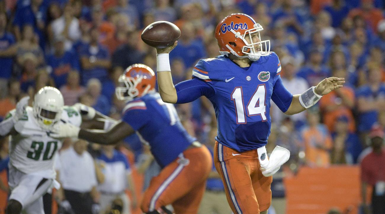 Florida quarterback Luke Del Rio (14) throws a pass against North Texas during the first half of an NCAA college football game in Gainesville, Fla., Saturday, Sept. 17, 2016. Florida won 32-0. (AP Photo/Phelan M. Ebenhack)