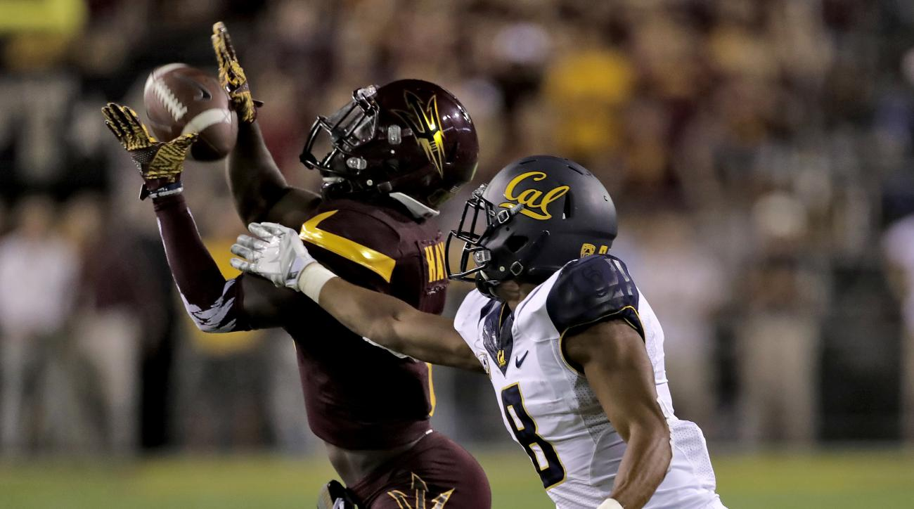 Arizona State defensive back De'Chavon Hayes breaks up a pass intended for California wide receiver Demetris Robertson (8) during the second half of an NCAA college football game, Saturday, Sept. 24, 2016, in Tempe, Ariz. Arizona State won 51-41. (AP Phot