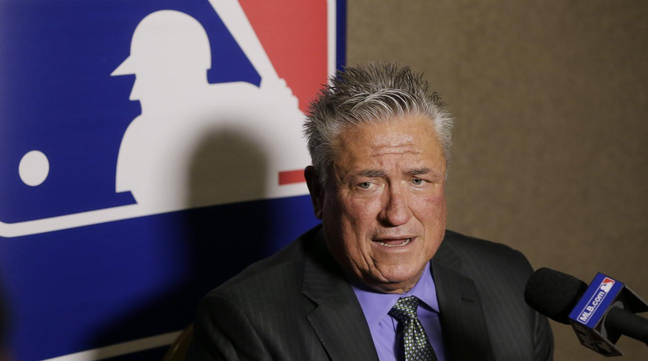 Pittsburgh Pirates manager Clint Hurdle talks with reporters at Major League Baseball's winter meetings Wednesday, Dec. 9, 2015, in Nashville, Tenn. (AP Photo/Mark Humphrey)