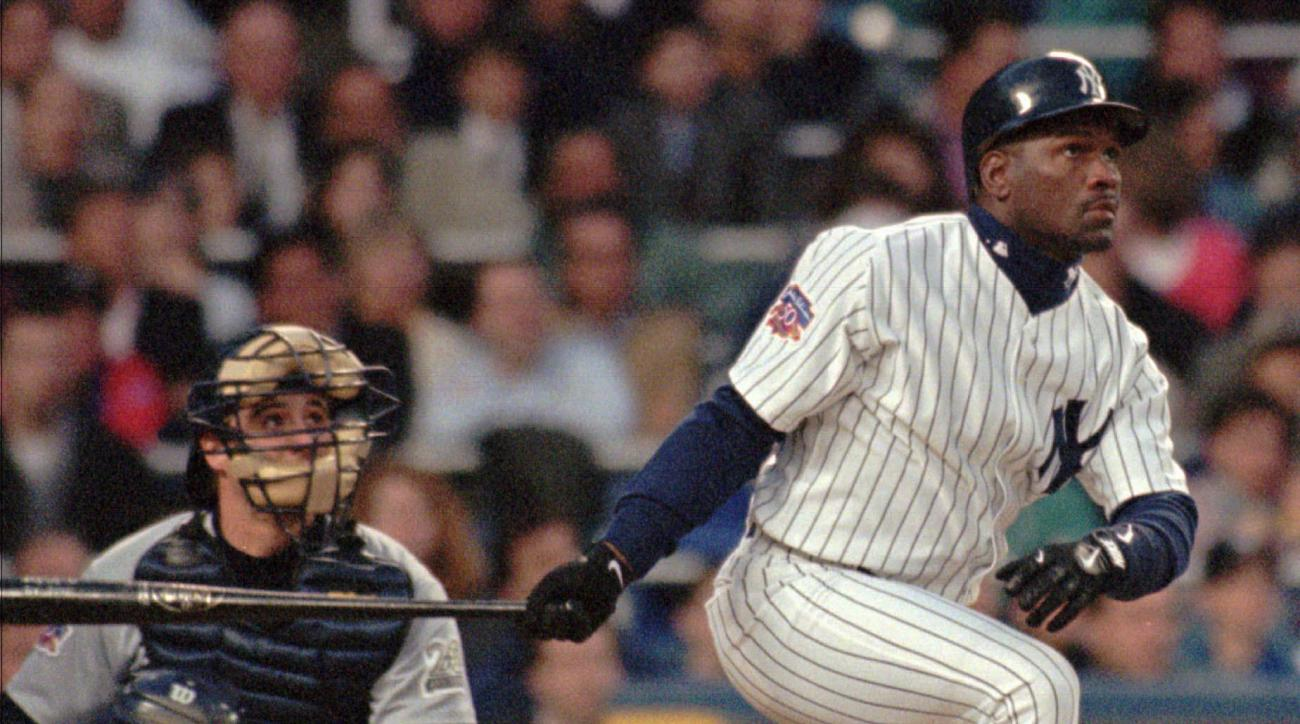 FILE - In this April 30, 1997 file photo, Seattle Mariners catcher Dan Wilson watches from behind the plate as New York Yankees lead off batter Tim Raines follows the flight of his first inning home run at Yankee Stadium in New York. Jeff Bagwell, Tim Rai