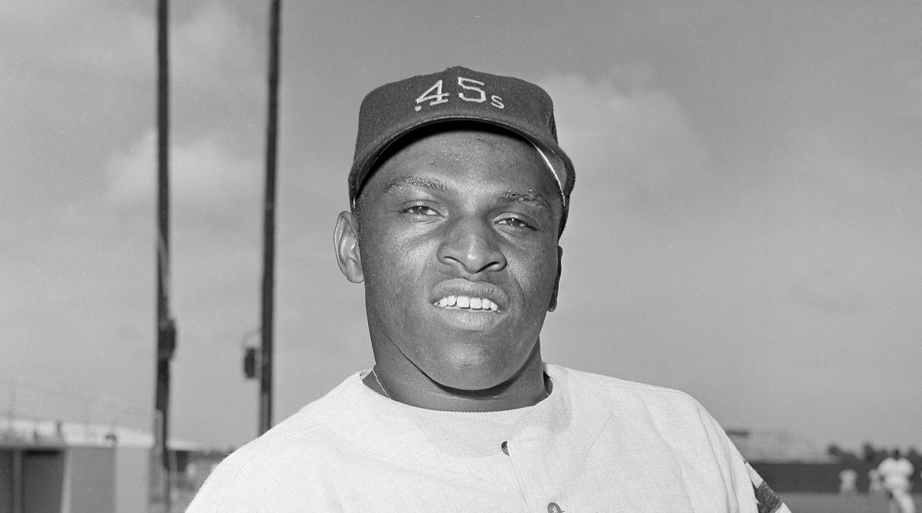 """FILE - In this March 8, 1964, file photo, Walt Williams, outfielder for the the Houston Colt .45s poses.  Williams, an outfielder who played for four major league teams in the 1960s and '70s and was best known for his nickname """"No Neck,"""" has husband died"""