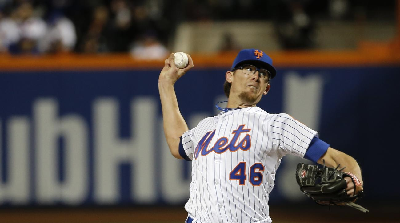 New York Mets pitcher Tyler Clippard during the eighth inning of Game 3 of the Major League Baseball World Series against the Kansas City Royals Friday, Oct. 30, 2015, in New York. (AP Photo/Matt Slocum)