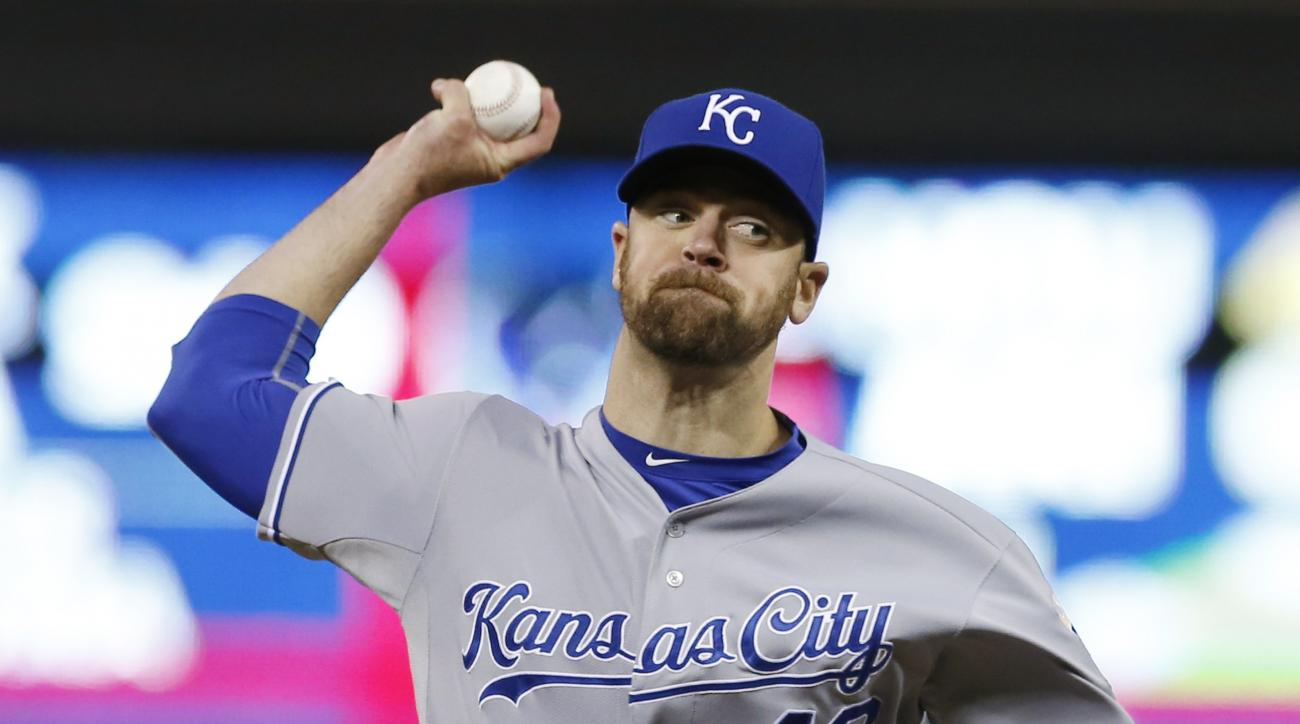 FILE - In this Oct. 2, 2015, file photo, Kansas City Royals pitcher Louis Coleman throws against the Minnesota Twins in relief in the seventh inning, in Minneapolis. The Dodgers and reliever Louis Coleman have agreed to a $725,000, one-year contract. Cole