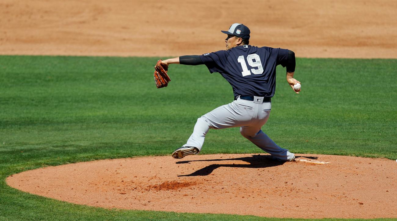 New York Yankees' Masahiro Tanaka throws during the second inning of a spring training baseball game against the Philadelphia Phillies on Sunday, March 6, 2016, in Clearwater, Fla. (AP Photo/Mike Carlson)