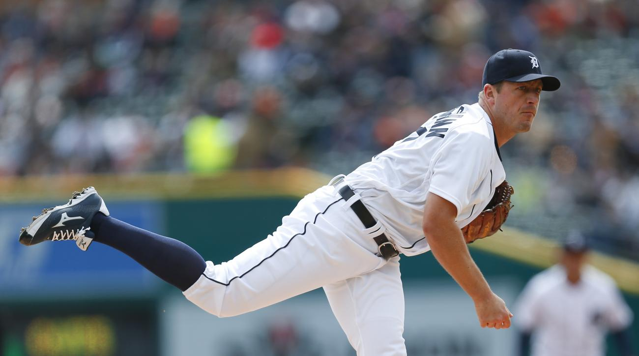 Detroit Tigers pitcher Jordan Zimmermann throws against the New York Yankees in the first inning of a baseball game, Friday, April 8, 2016, in Detroit. (AP Photo/Paul Sancya)