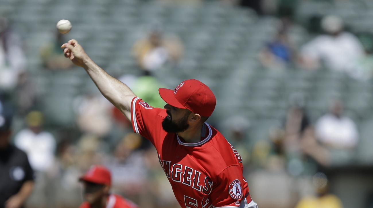 Los Angeles Angels pitcher Matt Shoemaker works against the Oakland Athletics in the first inning of a baseball game Wednesday, April 13, 2016, in Oakland, Calif. (AP Photo/Ben Margot)