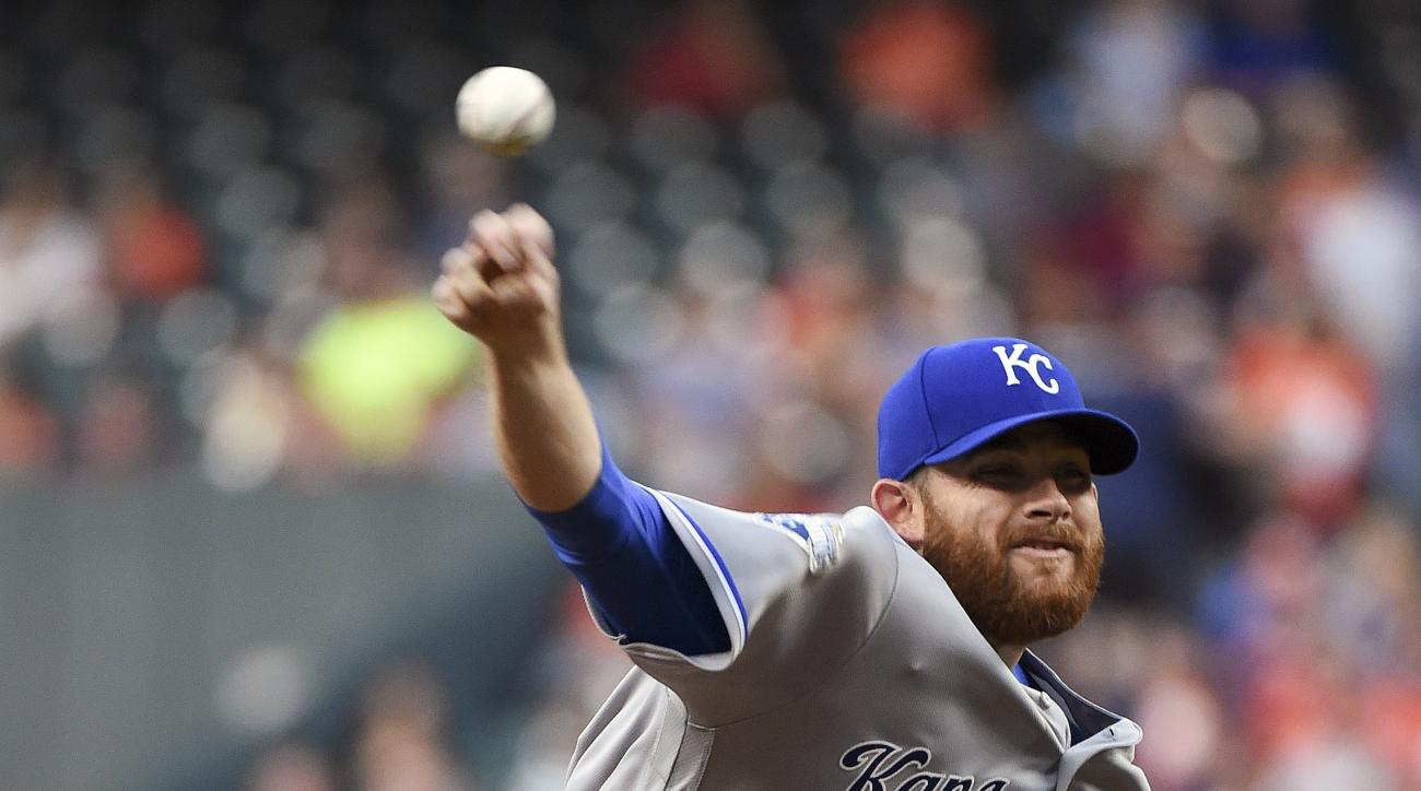 Kansas City Royals' Ian Kennedy delivers a pitch during the first inning of a baseball game against the Houston Astros, Thursday, April 14, 2016, in Houston. (AP Photo/Eric Christian Smith)