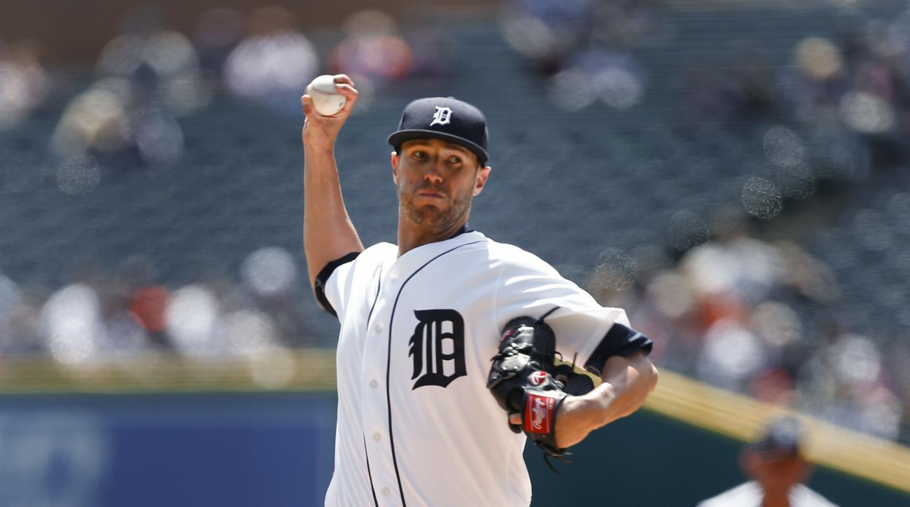 Detroit Tigers pitcher Shane Greene throws against the Cleveland Indians in the first inning of a baseball game, Sunday, April 24, 2016, in Detroit. (AP Photo/Paul Sancya)