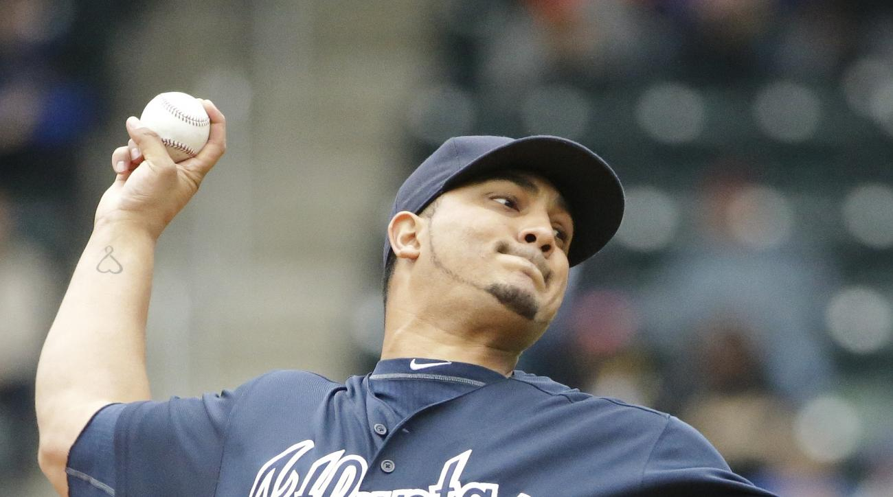 Atlanta Braves' Jhoulys Chacin delivers a pitch during the first inning of a baseball game against the New York Mets Wednesday, May 4, 2016, in New York. (AP Photo/Frank Franklin II)