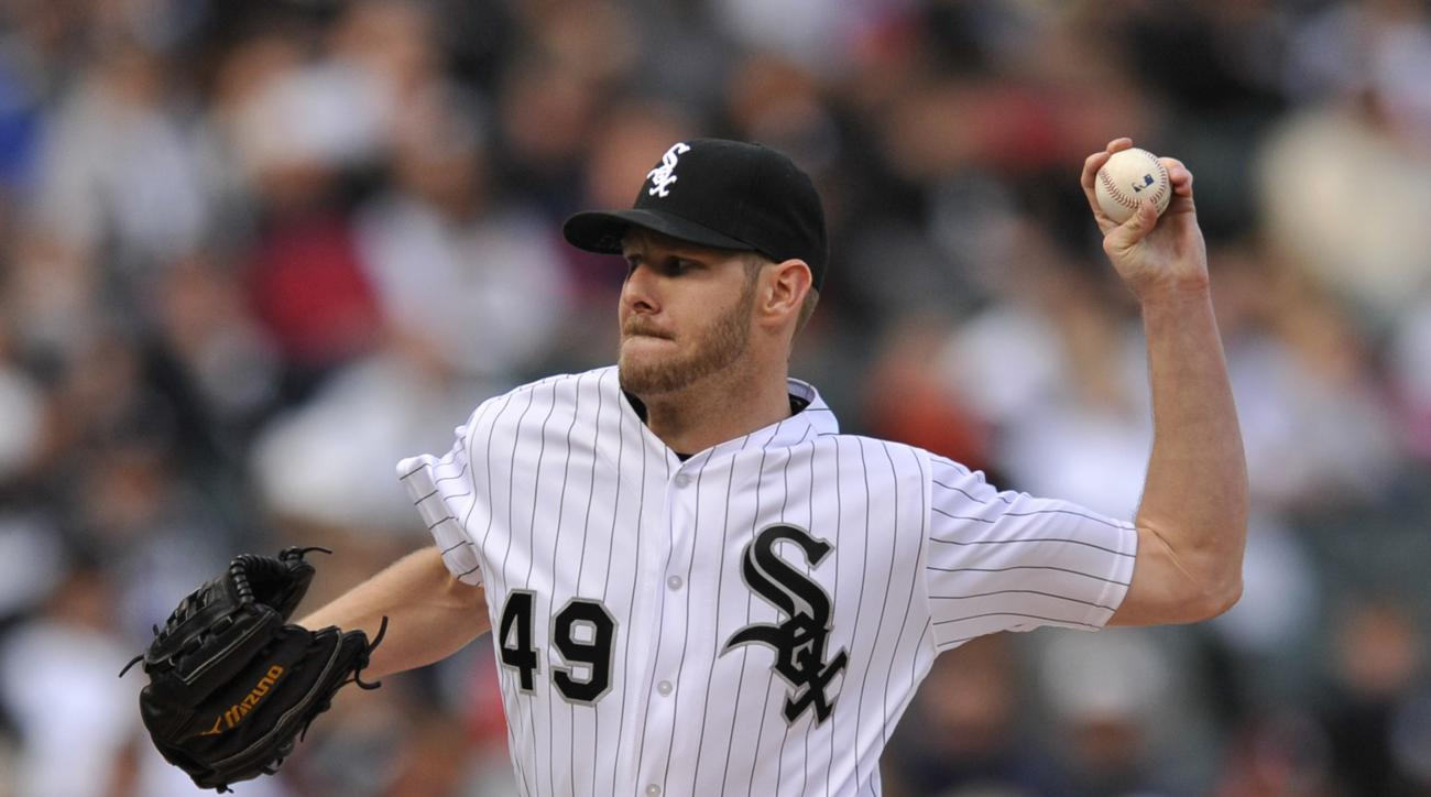 Chicago White Sox starter Chris Sale delivers a pitch during the first inning of a baseball game against the Minnesota Twins Saturday, May 7, 2016, in Chicago. (AP Photo/Paul Beaty)