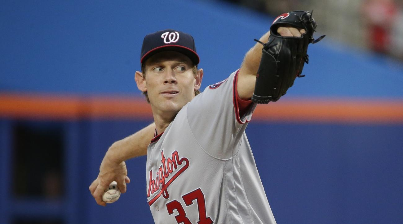 Washington Nationals' Stephen Strasburg delivers a pitch during the first inning of a baseball game against the New York Mets, Thursday, May 19, 2016, in New York. (AP Photo/Frank Franklin II)