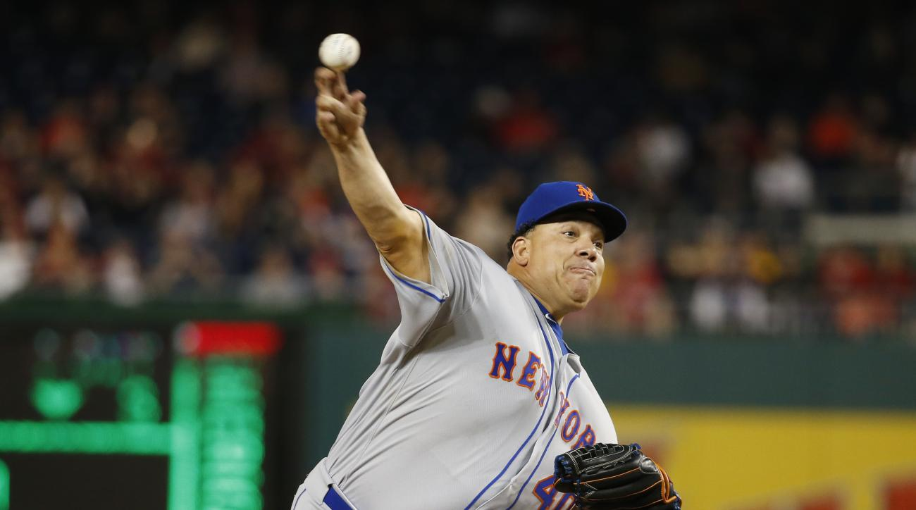 New York Mets starting pitcher Bartolo Colon throw during the fifth inning of a baseball game against the Washington Nationals at Nationals Park, Monday, May 23, 2016, in Washington. (AP Photo/Alex Brandon)