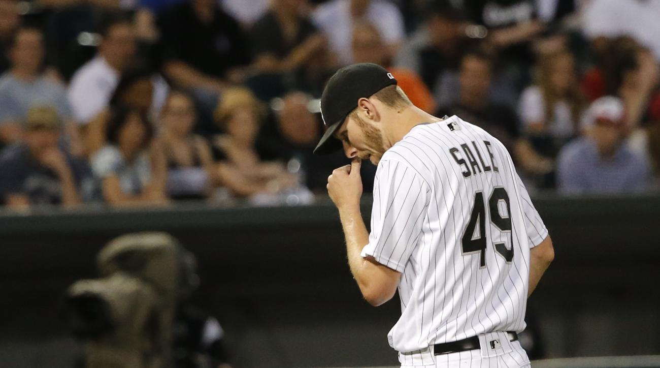 Chicago White Sox starting pitcher Chris Sale is pulled from the baseball game during the fourth inning against the Cleveland Indians on Tuesday, May 24, 2016, in Chicago. (AP Photo/Charles Rex Arbogast)