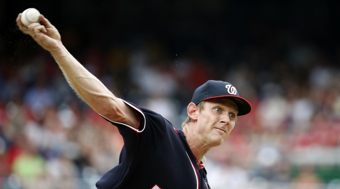 Washington Nationals starting pitcher Stephen Strasburg throws during the third inning of a baseball game against the St. Louis Cardinals at Nationals Park, Sunday, May 29, 2016, in Washington. (AP Photo/Alex Brandon)