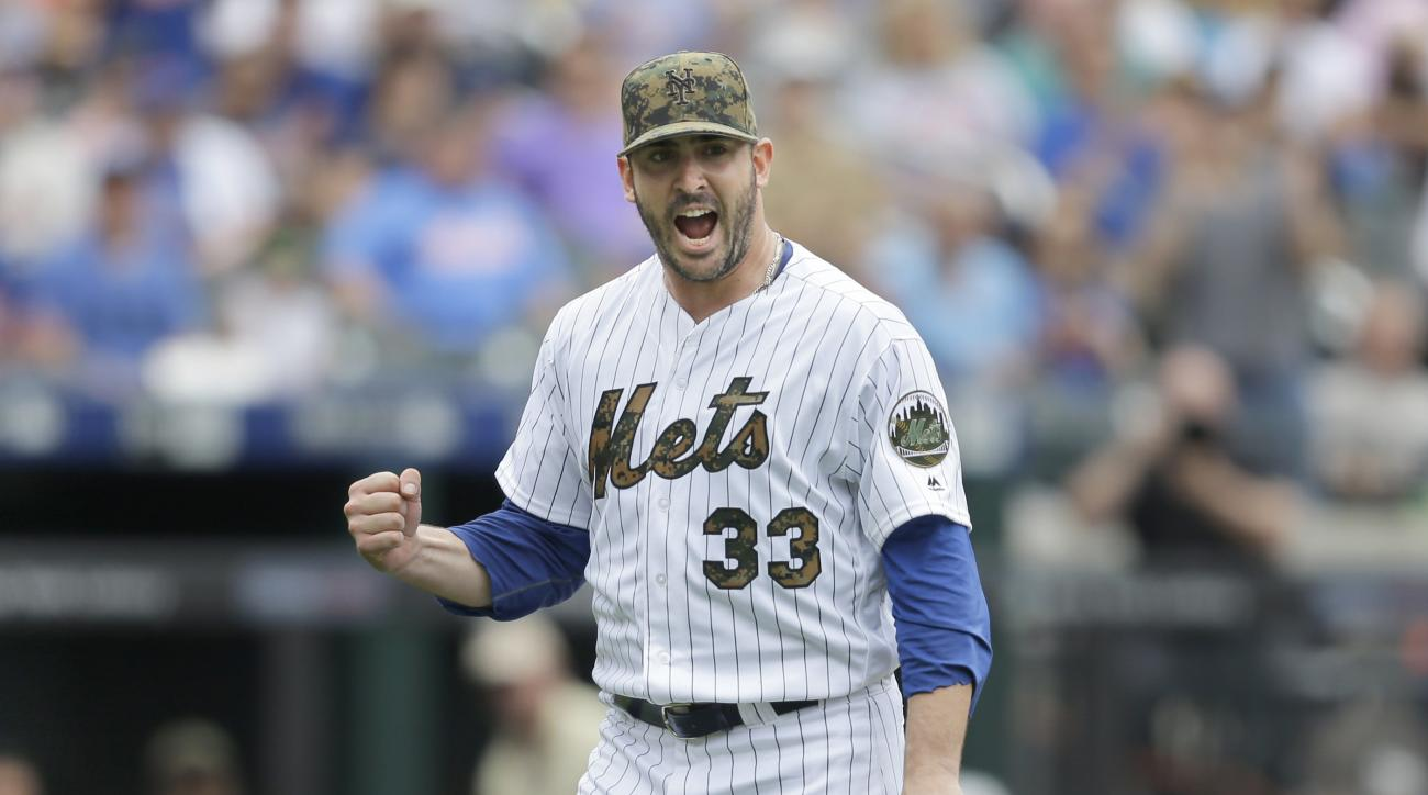 New York Mets starting pitcher Matt Harvey reacts during the seventh inning of a baseball game against the Chicago White Sox at Citi Field, Monday, May 30, 2016 in New York. (AP Photo/Seth Wenig)