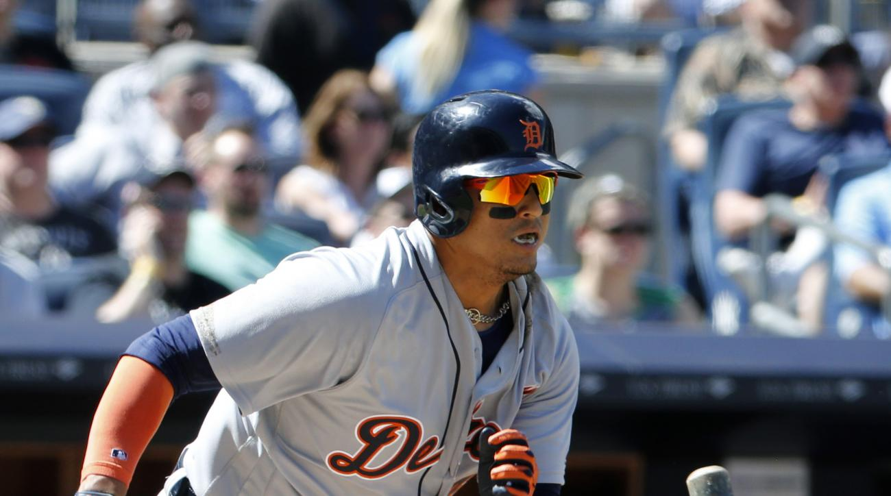 Detroit Tigers designated hitter Victor Martinez (41) runs on his fifth-inning RBI-groundout during a baseball game against the New York Yankees, Sunday, June 12, 2016, in New York. (AP Photo/Kathy Willens)