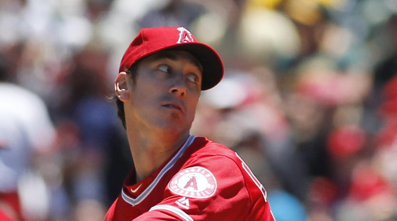 Los Angeles Angels pitcher Tim Lincecum throws to the Oakland Athletics during the first inning of a baseball game, Saturday, June 18, 2016, in Oakland, Calif. (AP Photo/George Nikitin)