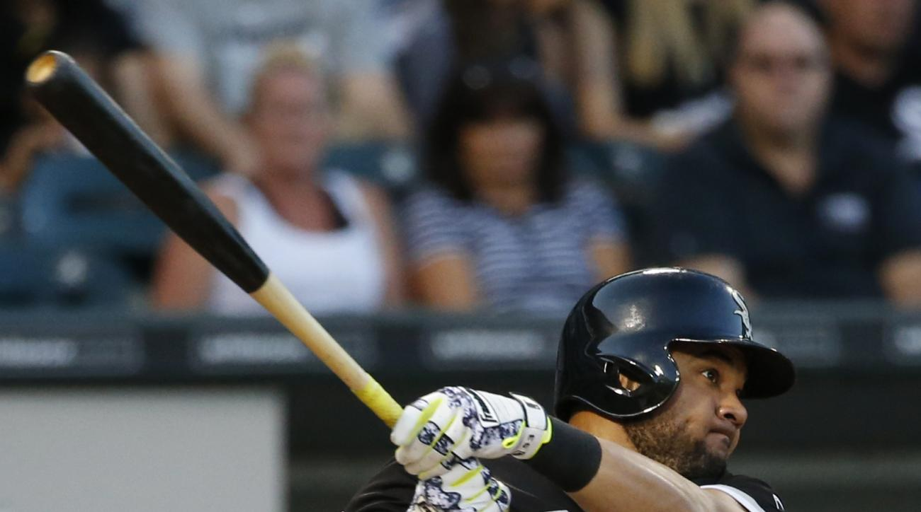 Chicago White Sox's Melky Cabrera hits a double during the third inning of a baseball game against the Toronto Blue Jays in Chicago, Friday, June 24, 2016. (AP Photo/Nam Y. Huh)