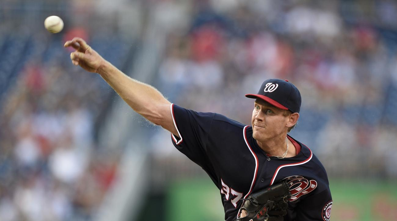 Washington Nationals starting pitcher Stephen Strasburg throws during the first inning of a baseball game against the Pittsburgh Pirates, Friday, July 15, 2016, in Washington. (AP Photo/Nick Wass)