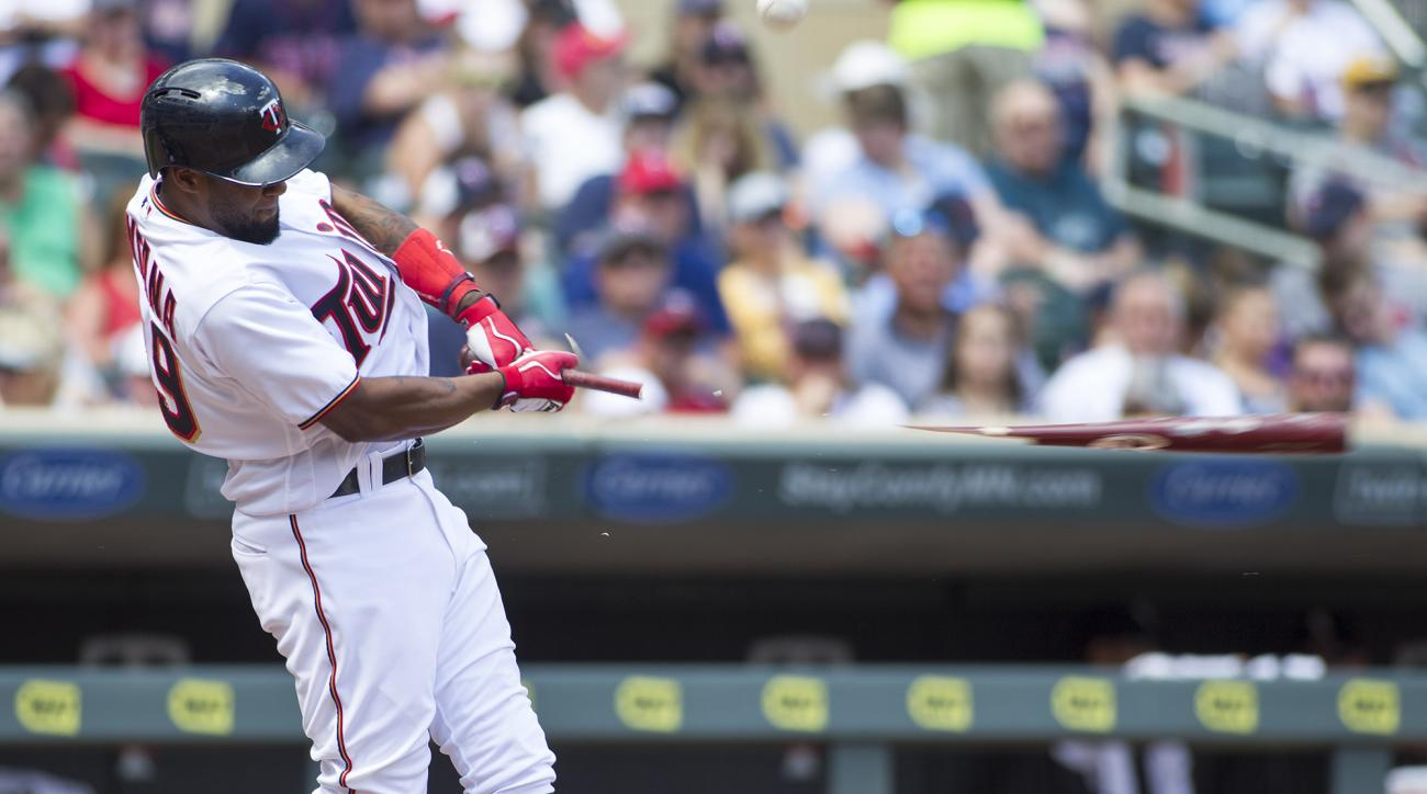 Minnesota Twins Danny Santana breaks his bat as he pops out during the fourth inning of an baseball game against the Chicago White Sox, Sunday, July 31, 2016, in Minneapolis. (AP Photo/Paul Battaglia)