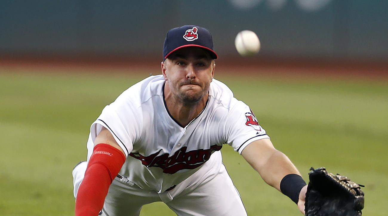 Cleveland Indians' Lonnie Chisenhall makes a diving attempt on a single by Minnesota Twins' Max Kepler during the third inning of a baseball game Wednesday, Aug. 3, 2016, in Cleveland. (AP Photo/Ron Schwane)