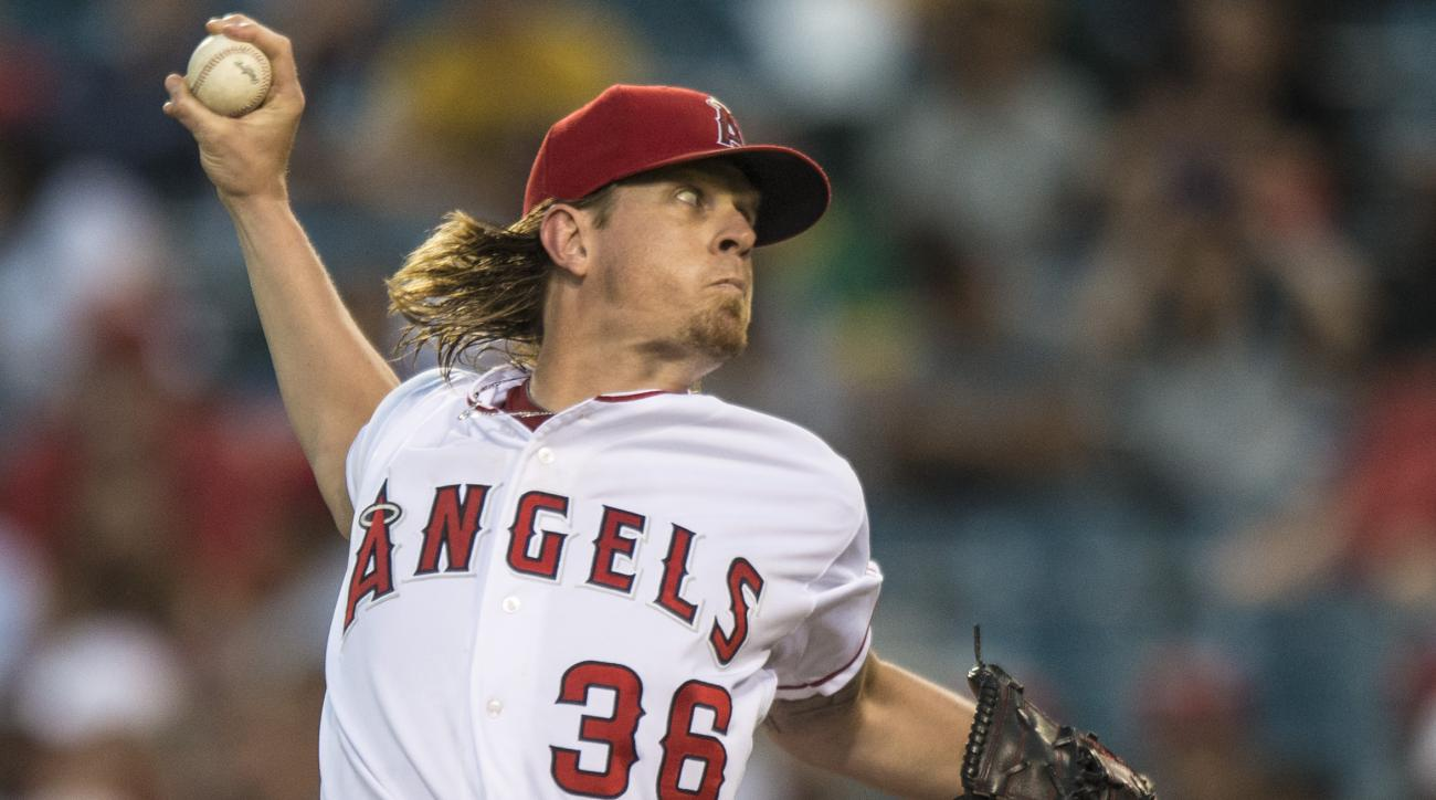 Los Angeles Angels pitcher Jered Weaver throws in the second inning against the Oakland Athletics in a baseball game Wednesday, Aug. 3, 2016, in Anaheim, Calif. The Angels won 8-6. (Matt Masin/The Orange County Register via AP)