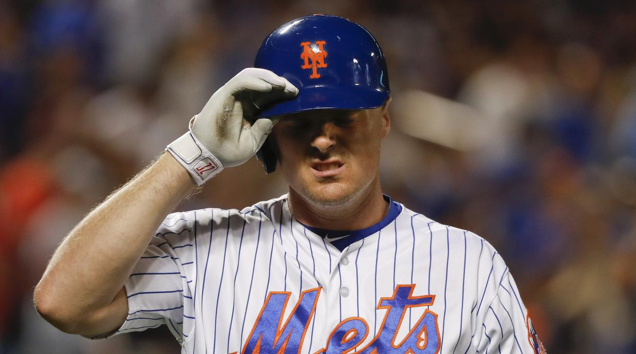 New York Mets right fielder Jay Bruce (19) reacts after popping out during the seventh inning of a baseball game against the Minnesota Twins, Saturday, Sept. 17, 2016, in New York. (AP Photo/Julie Jacobson)