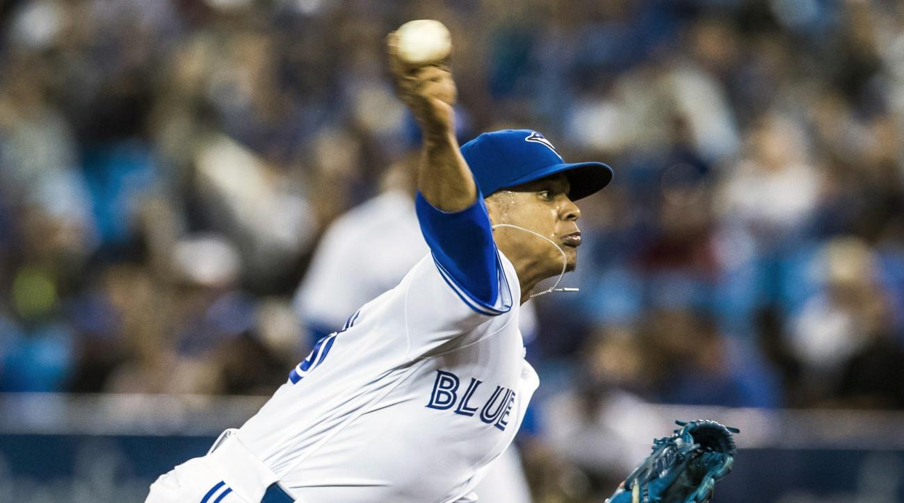 Toronto Blue Jays starting pitcher Marcus Stroman throws to the Baltimore Orioles during the first inning of a baseball game in Toronto, Thursday Sept. 29, 2016. (Mark Blinch/The Canadian Press via AP)