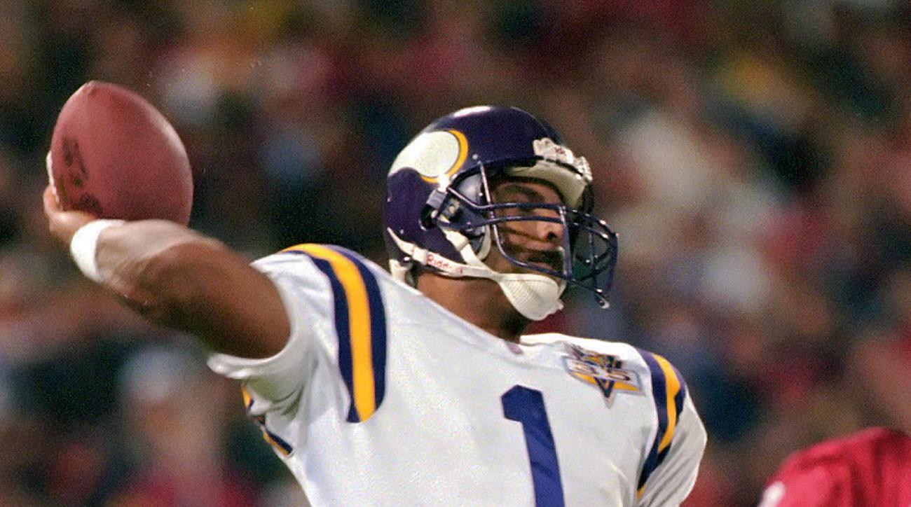 FILE - In this Dec. 18, 1995, file photo, Minnesota Vikings quarterback Warren Moon passes in the first quarter of an NFL football game against the San Francisco 49ers in San Francisco. Moon  is one of the game's greats who retired without playing on foot