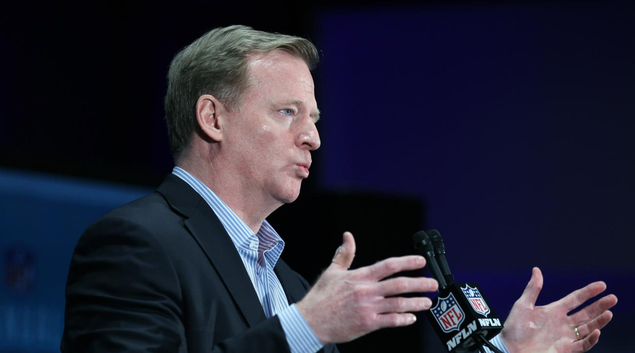 NFL Commissioner Roger Goodell gestures during a press conference at the NFL owners meeting in Boca Raton, Fla., Wednesday, March 23, 2016. (AP Photo/Luis M. Alvarez)