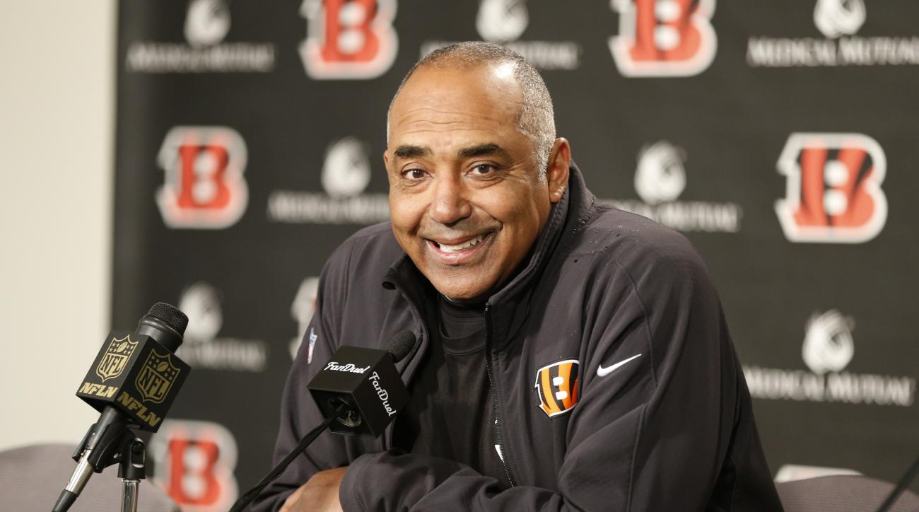 Cincinnati Bengals head coach Marvin Lewis speaks to the media during a news conference after an NFL football game against the Baltimore Ravens, Sunday, Jan. 3, 2016, in Cincinnati. Cincinnati won 24-16. (AP Photo/Gary Landers)