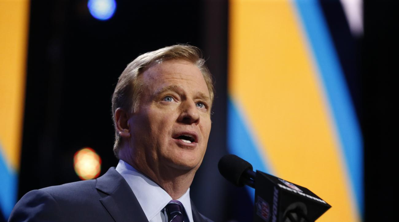 NFL Commissioner Roger Goodell talks during the first round of the 2016 NFL football draft, Thursday, April 28, 2016, in Chicago. (AP Photo/Charles Rex Arbogast)