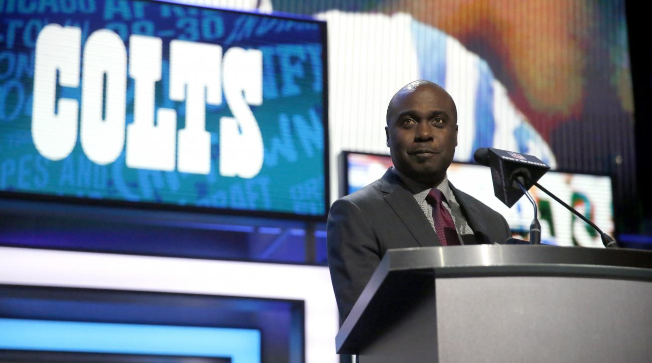 Former NFL player Marshall Faulk announces that the Indianapolis Colts selects Clemsons T.J. Green as the 57th pick in the second round of the 2016 NFL football draft, Friday, April 29, 2016, in Chicago. (AP Photo/Charles Rex Arbogast)