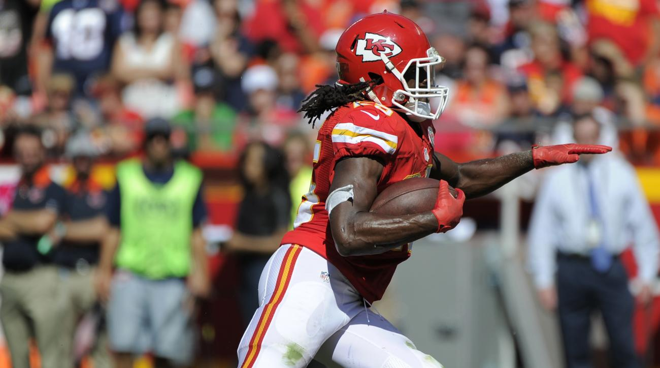 FILE- In this Oct. 11, 2015 file photo, Kansas City Chiefs running back Jamaal Charles (25) carries the ball before being injured during the second half of an NFL football game against the Chicago Bears in Kansas City, Mo. Charles had surgery on his right