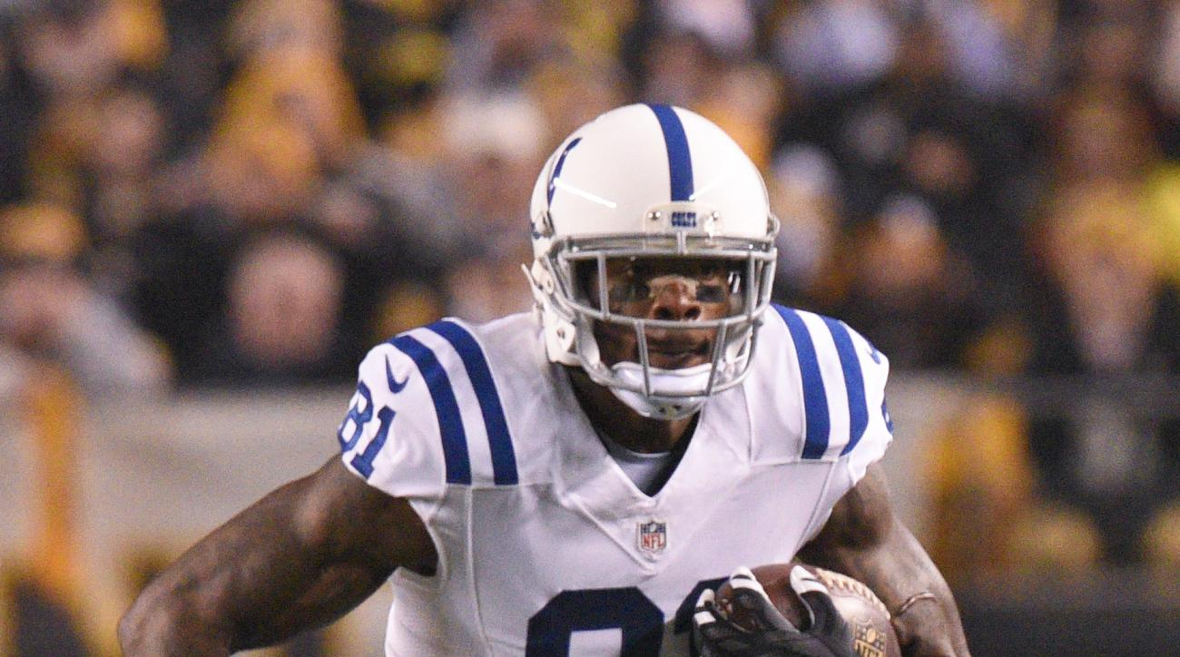 Indianapolis Colts wide receiver Andre Johnson (81) runs after making a catch against the Pittsburgh Steelers in the second half of an NFL football game, Sunday, Dec. 6, 2015, in Pittsburgh. (AP Photo/Don Wright)