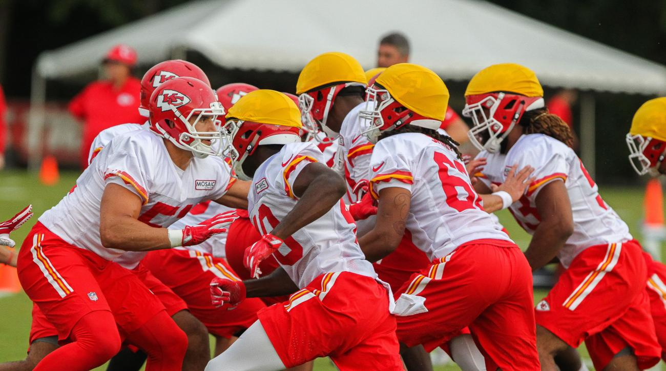 Kansas City Chiefs practice during the NFL football team's training camp, Sunday, July 31, 2016, in St. Joseph, Mo. (Dougal Brownlie/St. Joseph News-Press via AP)