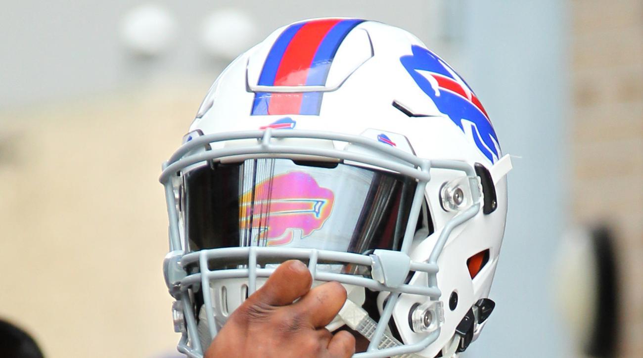 Buffalo Bills linebacker Reggie Ragland (59) prepares to take the field during NFL football training camp in Pittsford, N.Y., Monday, Aug. 1, 2016. (AP Photo/Bill Wippert)