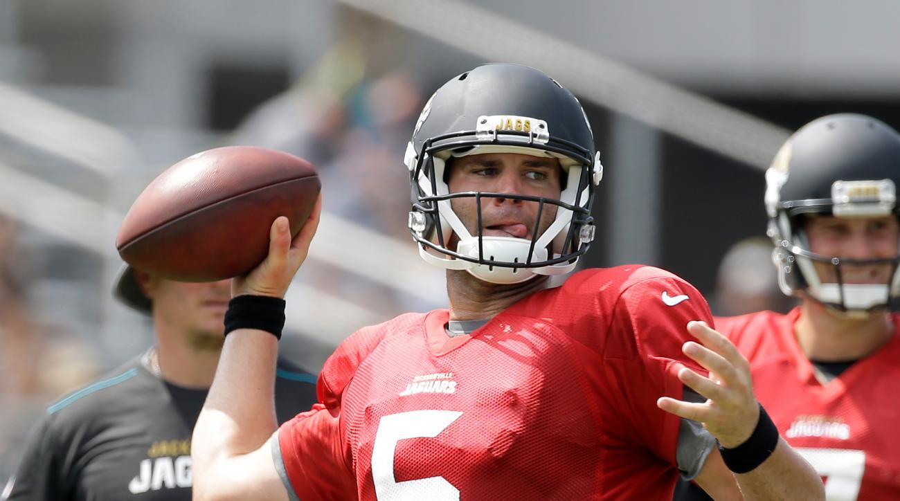 Jacksonville Jaguars quarterback Blake Bortles (5) throws a pass during NFL football training camp, Wednesday, Aug. 3, 2016, in Jacksonville, Fla. (AP Photo/John Raoux)