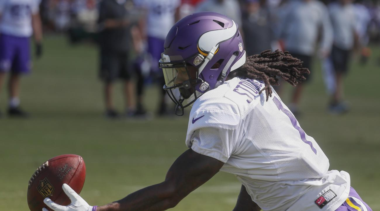 Minnesota Vikings wide receiver Trey Stoudermire catches a pass during a joint NFL football practice with the Cincinnati Bengals, Thursday, Aug. 11, 2016, in Cincinnati. (AP Photo/John Minchillo)
