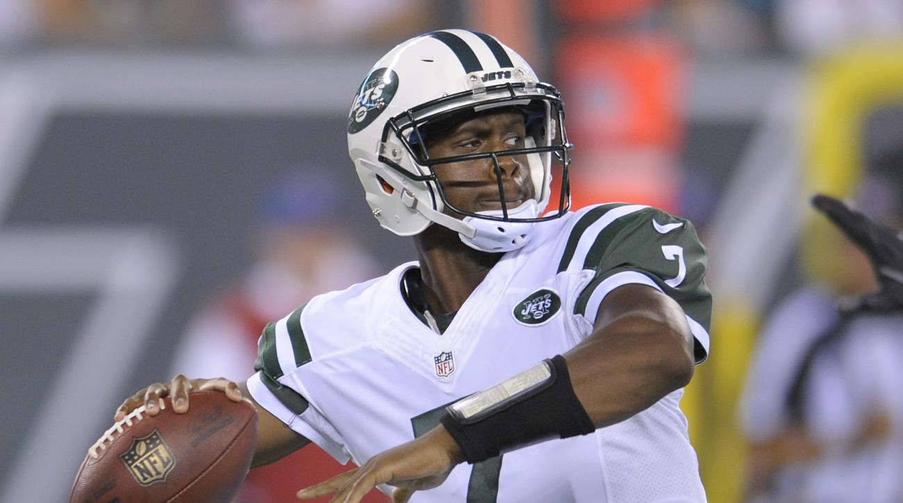 New York Jets quarterback Geno Smith (7) throws against the Jacksonville Jaguars during the second quarter of an NFL football game, Thursday, Aug. 11, 2016, in East Rutherford, N.J. (AP Photo/Bill Kostroun)