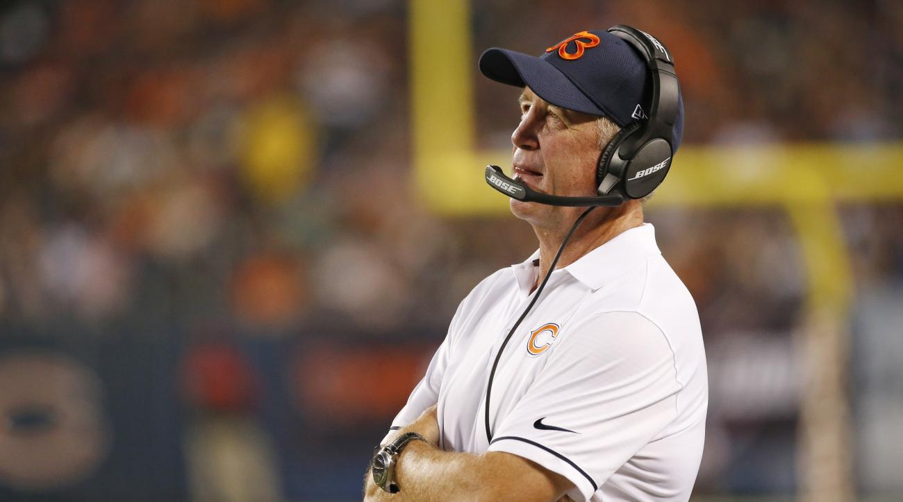 Chicago Bears coach John Fox watches during the first half of an NFL preseason football game against the Denver Broncos in Chicago, Thursday, Aug. 11, 2016. (AP Photo/Nam Y. Huh)