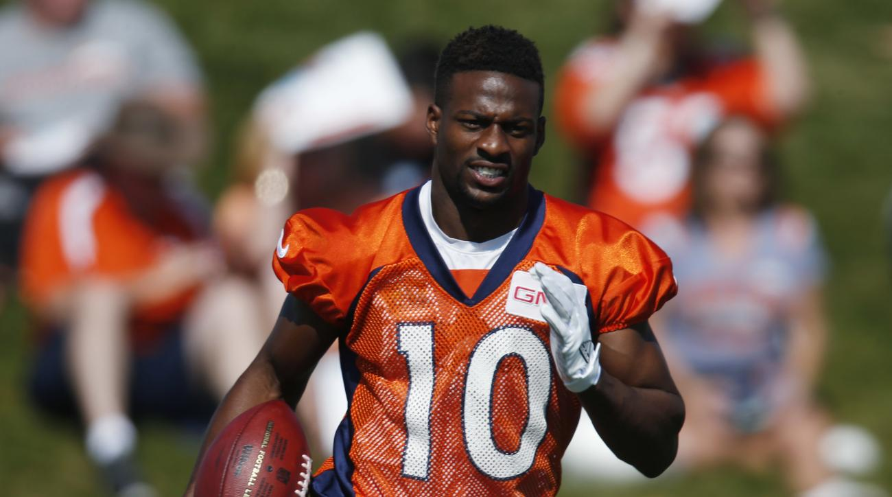 Denver Broncos wide receiver Emmanuel Sanders takes part in drills during the team's NFL football training camp Tuesday, Aug. 16, 2016 in Englewood, Colo. (AP Photo/David Zalubowski)